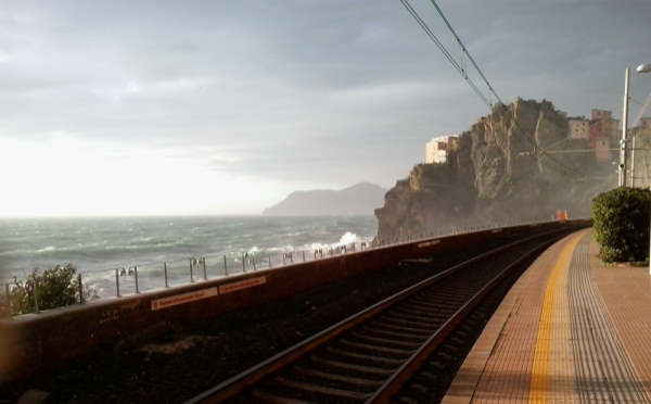 manarola station sea storm